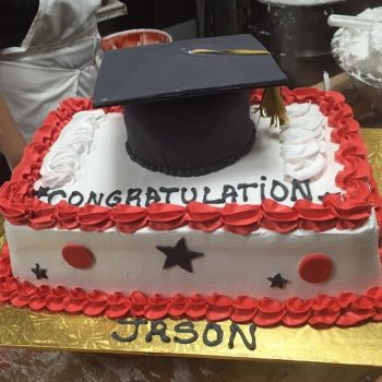 Cake Graduación con Decoración en Fondant
